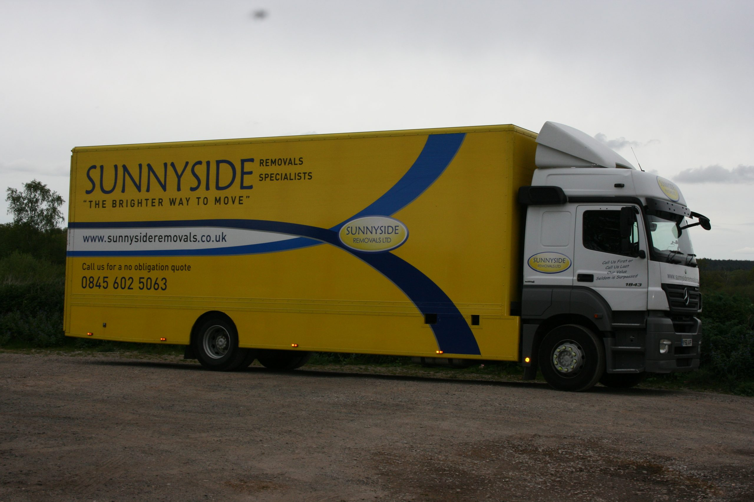 sunnyside removals vehicle