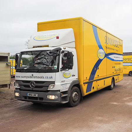 sunnyside removals vehicle for domestic removals